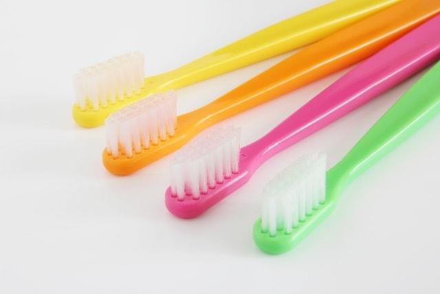 歯ブラシ1